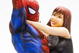 02-figura-fine-art-Spider-Man-Mary-Jane-kotobukiya.jpg
