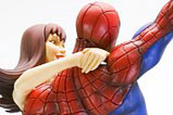 04-figura-fine-art-Spider-Man-Mary-Jane-kotobukiya.jpg