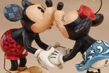 02-figura-Mickey-Mouse-y-minnie-mouse-besito.jpg