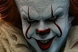 05-Figura-Pennywise-masterpiece.jpg