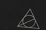 05-Panuelo-Deathly-Hallows-Harry-Potter.jpg